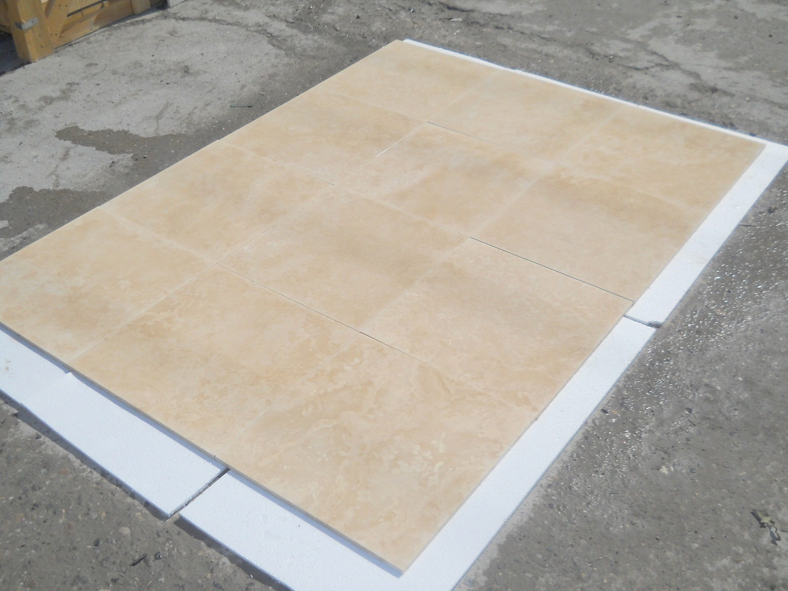 Ivory Light Filled&Honed Travertine