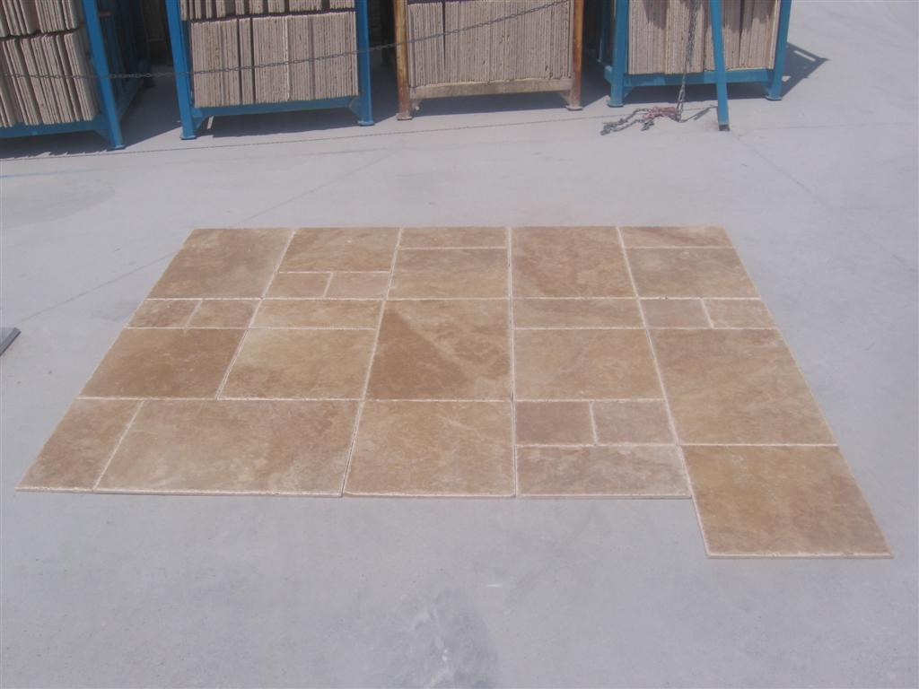 Light Walnut Travertine Un/Br/Ch